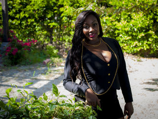 JewElEbony Ebony camgirl pic